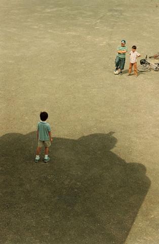 050214-Tetsujin-shadow